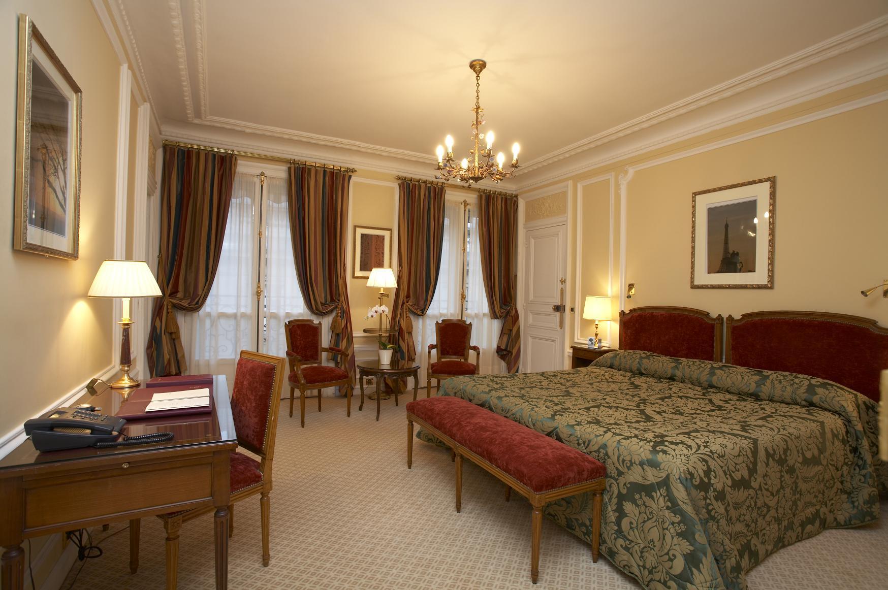 Reservation hotels paris chateaux chambres d 39 hote for Chambre d hote a paris